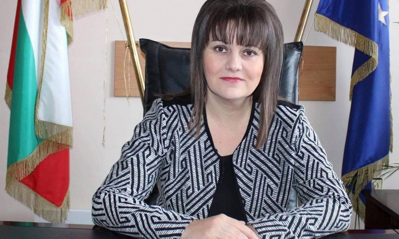 Поздравителен адрес от областния управител на област Видин Албена Георгиева по повод 12 октомври – Ден на българската община