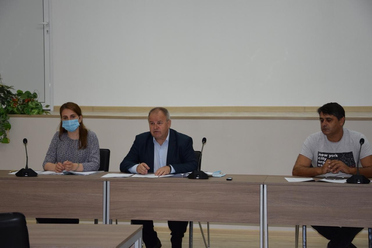 Областната преброителна комисия проведе заседание