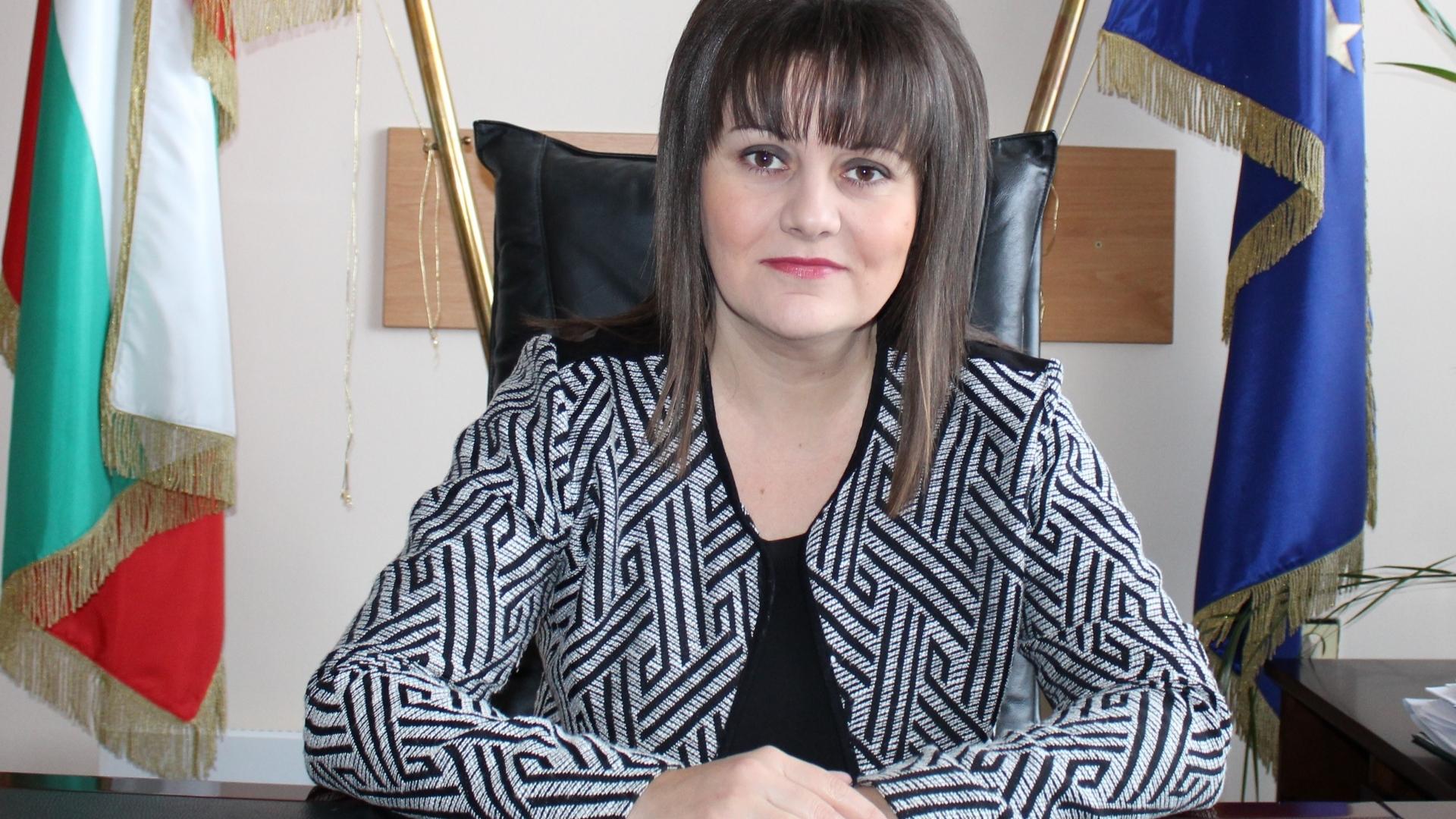 Поздравителен адрес от Областния управител на област Видин по повод Коледните и Новогодишни празници