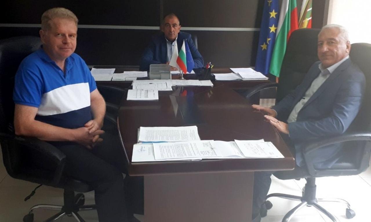 Областният управител на Видин обсъди подготовката и готовността за провеждане на предстоящите избори с кметовете и секретарите на общините Чупрене и Димово