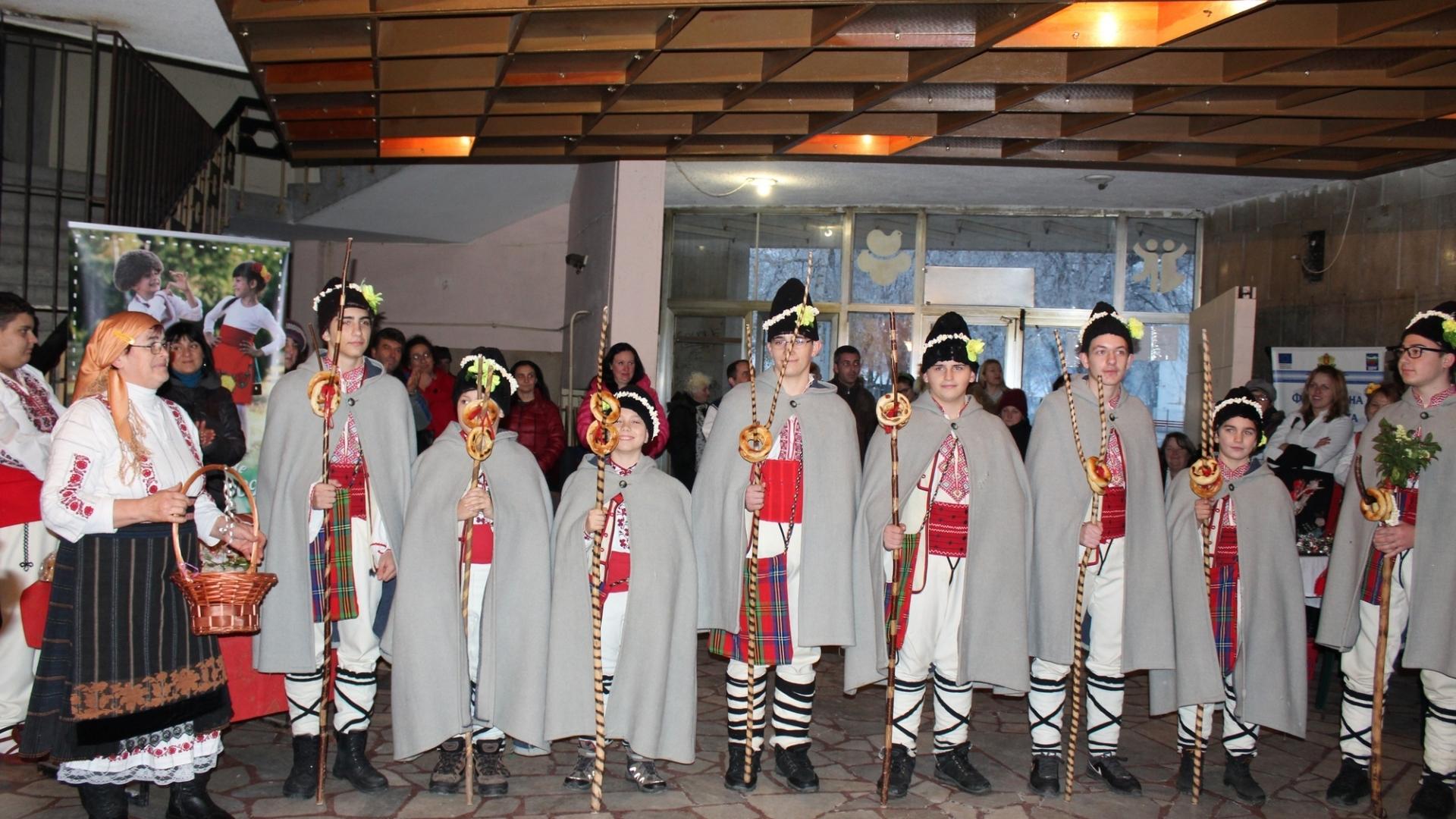 """Заместник областният управител Анжело Методиев присъства на  11-то издание на фолклорен събор """"Бъдник"""""""