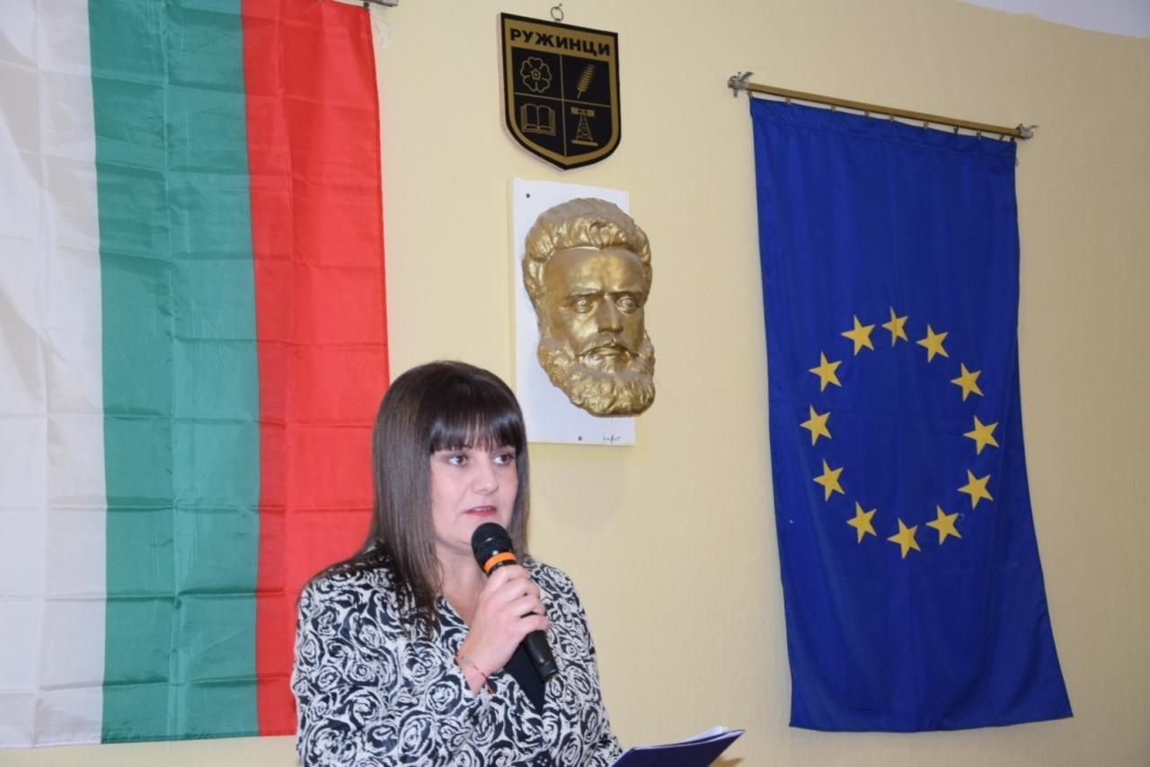 Областният управител на Видин проведе тържествените заседания на новоизбраните общинските съвети в Ружинци, Макреш и Брегово