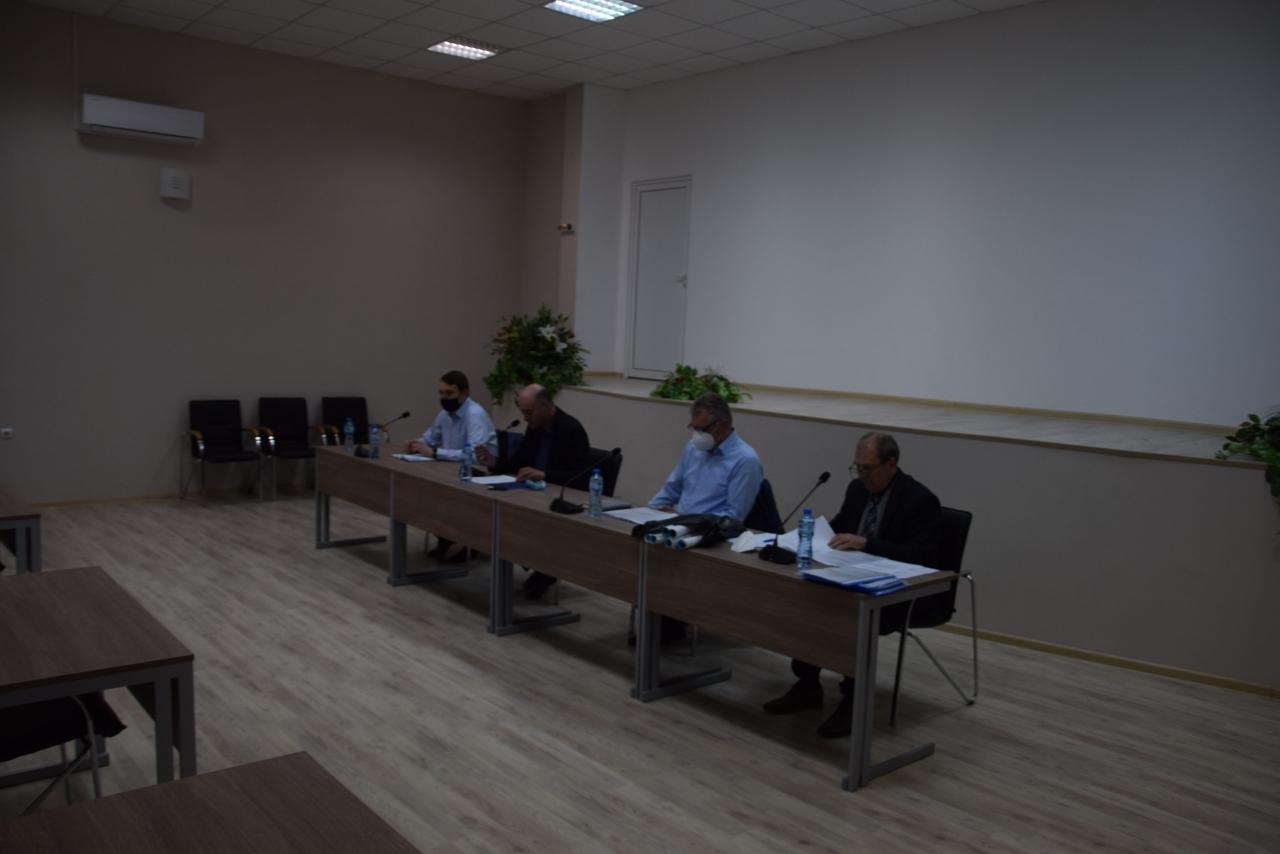 Областната комисия за контрол на епидемиите, епизоотиите и зоонозните заболявания проведе заседание